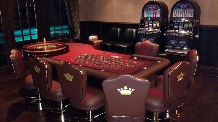 cleopatra custom made roulette table. Black Bedroom Furniture Sets. Home Design Ideas